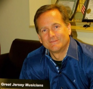 Rich Hoynes Loves the Music