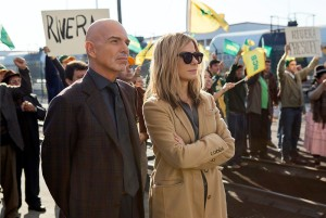 Billy Bob Thornton and Sandra Bullock tried, but costumes may have worked better with 'Crisis.' (Photo Courtesy Warner Bros.)